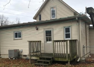 Foreclosed Home in Winchester 47394 E ORANGE ST - Property ID: 4347629630