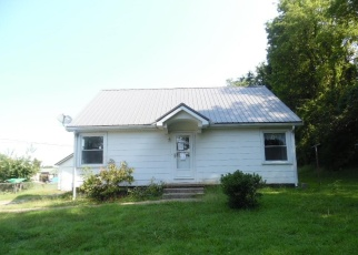 Foreclosed Home in Hopkinsville 42240 UNDERWOOD DR - Property ID: 4347833274