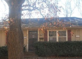 Foreclosed Home in Kansas City 64134 E 111TH ST - Property ID: 4347909490