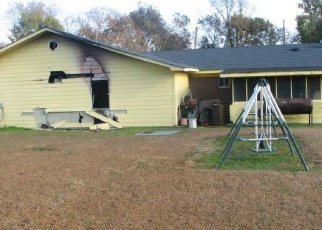 Foreclosed Home in Cleveland 38732 PECAN DR - Property ID: 4347932261