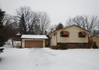 Foreclosed Home in Burnsville 55306 TYACKE DR - Property ID: 4347962486