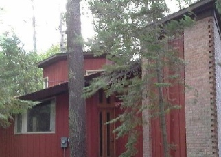 Foreclosed Home in Charlevoix 49720 MEANDERLINE RD - Property ID: 4348009797