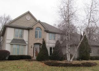 Foreclosed Home in Oconomowoc 53066 N WOODLAKE CIR - Property ID: 4348090372