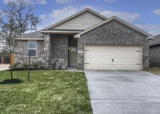 Foreclosed Home in Houston 77016 WHEATLEY GARDENS DR - Property ID: 4348423228