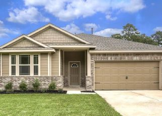 Foreclosed Home in Houston 77016 WHEATLEY GARDENS DR - Property ID: 4348424999