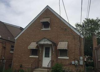 Foreclosed Home in Chicago 60652 S FRANCISCO AVE - Property ID: 4348655353