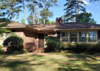 Foreclosed Home in Columbia 29205 RICKENBAKER RD - Property ID: 4348727629