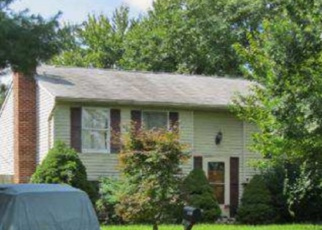 Foreclosed Home in Frederick 21703 HILLCREST DR - Property ID: 4348744264