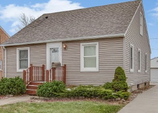 Foreclosed Home in Kenosha 53142 75TH ST - Property ID: 4348922975