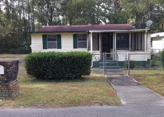 Foreclosed Home in Jacksonville 32219 PIPIT AVE - Property ID: 4349329849