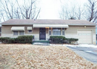 Foreclosed Home in Kansas City 64130 COLLEGE AVE - Property ID: 4349394214