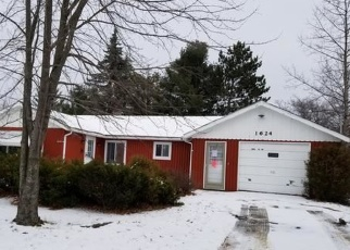 Foreclosed Home in Saint Helen 48656 HIGGINS RD - Property ID: 4349548837