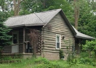 Foreclosed Home in Cassopolis 49031 OIL CITY RD - Property ID: 4349558911