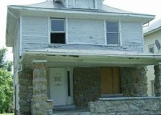 Foreclosed Home in Kansas City 64128 COLLEGE AVE - Property ID: 4349588239