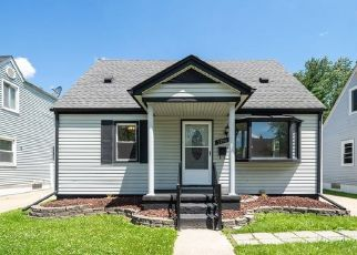 Foreclosed Home in Lincoln Park 48146 REGINA AVE - Property ID: 4349617143