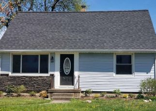 Foreclosed Home in Tonawanda 14150 CALVERT BLVD - Property ID: 4349809418