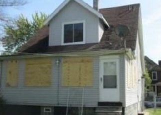 Foreclosed Home in Detroit 48213 WOODLAWN ST - Property ID: 4349984169