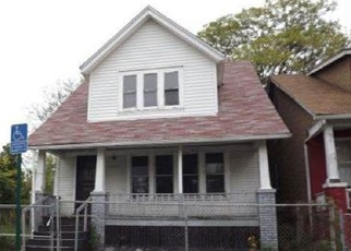 Foreclosed Home in Detroit 48213 IROQUOIS ST - Property ID: 4349992494