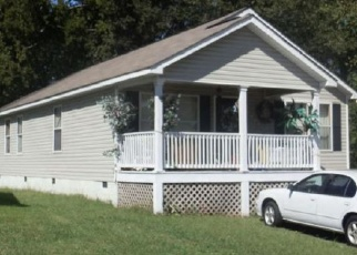 Foreclosed Home in Chattanooga 37404 S WATKINS ST - Property ID: 4350106365