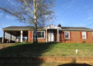 Foreclosed Home in Rocky Mount 24151 DONALD AVE - Property ID: 4350183903