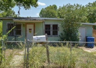 Foreclosed Home in San Antonio 78223 LENNON AVE - Property ID: 4350360841