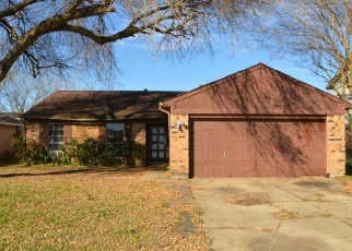 Foreclosed Home in La Porte 77571 SUGAR CREEK DR - Property ID: 4350363457