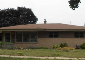Foreclosed Home in Cudahy 53110 S NEW YORK AVE - Property ID: 4350515437