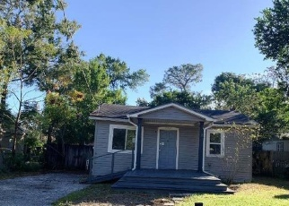 Foreclosed Home in Tampa 33612 N MARY AVE - Property ID: 4350654267