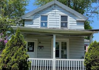 Foreclosed Home in Oswego 13126 E CAYUGA ST - Property ID: 4350779985