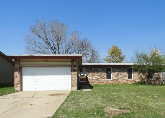 Foreclosed Home in Norman 73071 MEMPHIS DR - Property ID: 4350816770