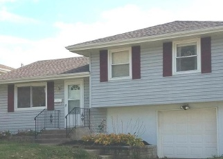 Foreclosed Home in Kansas City 64117 NE 46TH ST - Property ID: 4351026556