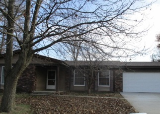 Foreclosed Home in New Baden 62265 LILAC DR - Property ID: 4351172847