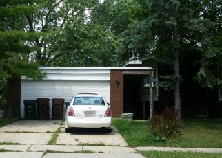 Foreclosed Home in Oak Forest 60452 NATALIE DR - Property ID: 4351240727