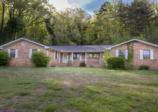 Foreclosed Home in Chattanooga 37415 MOUNTAIN CREEK RD - Property ID: 4351262625