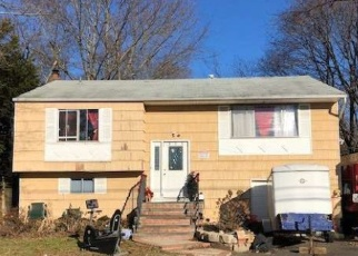 Foreclosed Home in Huntington Station 11746 W PULASKI RD - Property ID: 4351470210