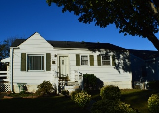 Foreclosed Home in Roanoke 24017 MAINE AVE NW - Property ID: 4351921779