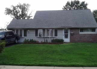 Foreclosed Home in Levittown 19057 VIOLET RD - Property ID: 4351979136