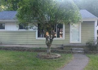 Foreclosed Home in Garden City 48135 GILMAN ST - Property ID: 4352065876