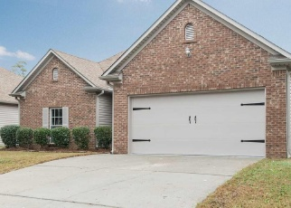 Foreclosed Home in Calera 35040 MERIMEADOWS DR - Property ID: 4352179293