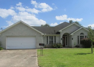 Foreclosed Home in Vidor 77662 JEWEL ST - Property ID: 4352282219