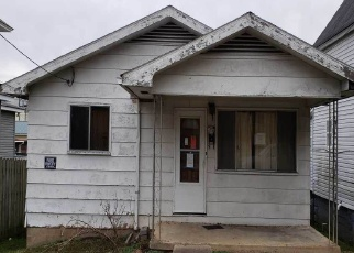 Foreclosed Home in Kenova 25530 MAPLE ST - Property ID: 4352308504