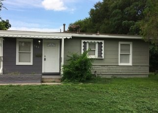 Foreclosed Home in San Antonio 78223 HEATHER AVE - Property ID: 4352489829