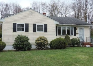 Foreclosed Home in Trenton 08638 SHERBROOKE RD - Property ID: 4352594952