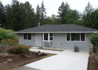 Foreclosed Home in Oregon City 97045 WOODGLEN WAY - Property ID: 4352627795