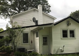 Foreclosed Home in Mastic Beach 11951 BRUSH RD - Property ID: 4352717121