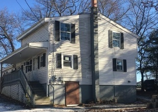 Foreclosed Home in Webster 01570 OAKMONT ST - Property ID: 4352902842