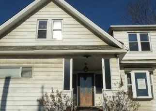 Foreclosed Home in West Mifflin 15122 MCGOWAN AVE - Property ID: 4353138914