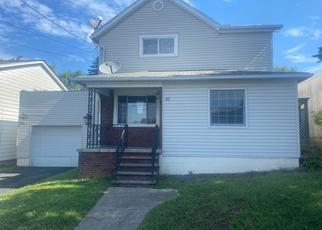 Foreclosed Home in Moosic 18507 WASHINGTON ST - Property ID: 4353402111