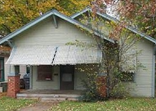 Foreclosed Home in Dallas 75215 WARREN AVE - Property ID: 4353659205