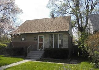 Foreclosed Home in Hammond 46324 HOWARD AVE - Property ID: 4353788864